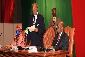 Cameroun-Sénat:quatre textes reçus