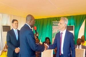 Cameroun-Société: Le nouveau directeur général de Cimancam Benoit Galigchet  a été installé.