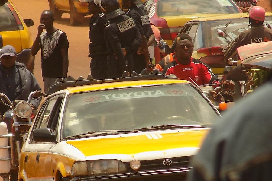 Bafoussam: Les tests de recrutement à la garde présidentielle causent des misères à la population