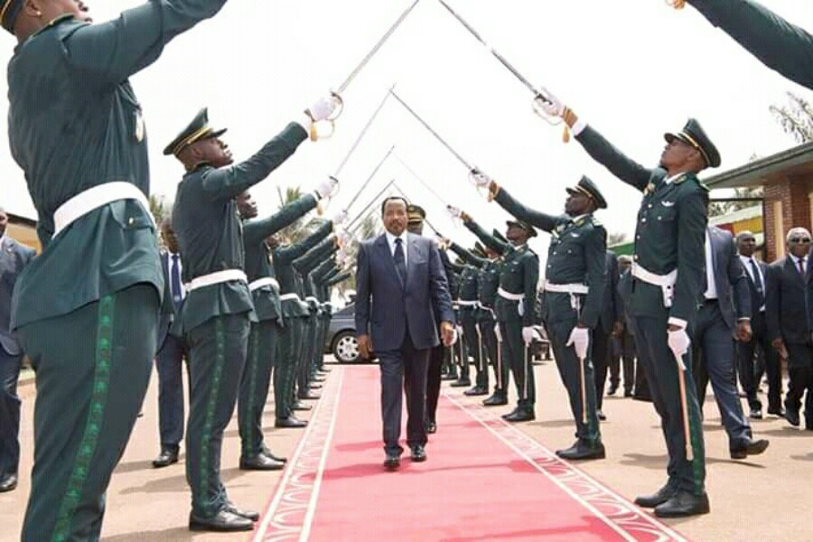 Paul Biya menace de nouveau les sécessionnistes et s'éloigne du dialogue inclusif : « ils savent ce qui les attend »