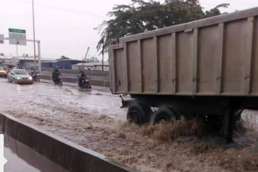 Douala : Le 2e pont sur le Wouri prend de l'eau