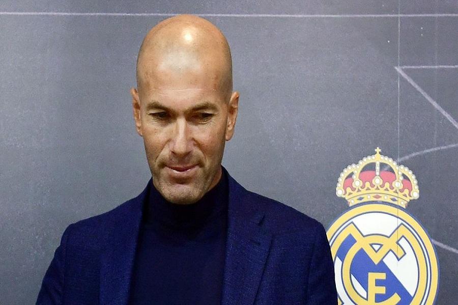 SPORT : football :Zinédine Zidane fait son grand retour sur le banc du Real de Madrid