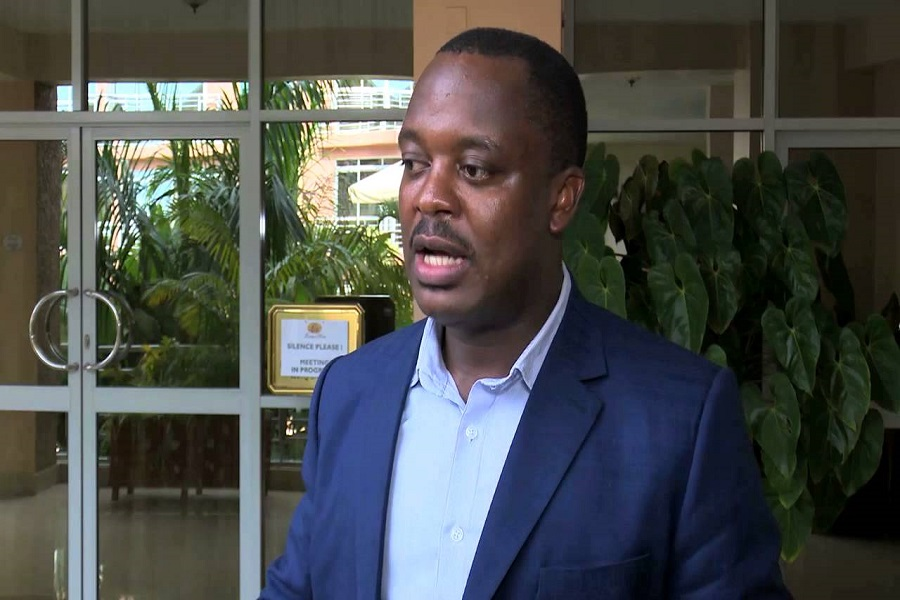 Cameroun : un haut cadre de l'UNDP claque la porte à cause du silence du parti sur la crise anglophone.