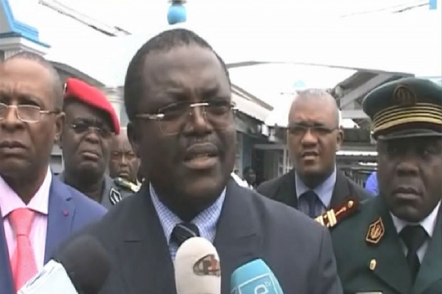 Douala-20 mai 2019 : Samuel Dieudonné Ivaha Diboua interdit les téléphones à la place des fêtes