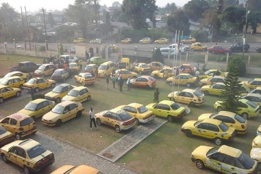 Cameroun : pris de colère, les conducteurs de taxi à Buea adressent une plainte au premier ministre.