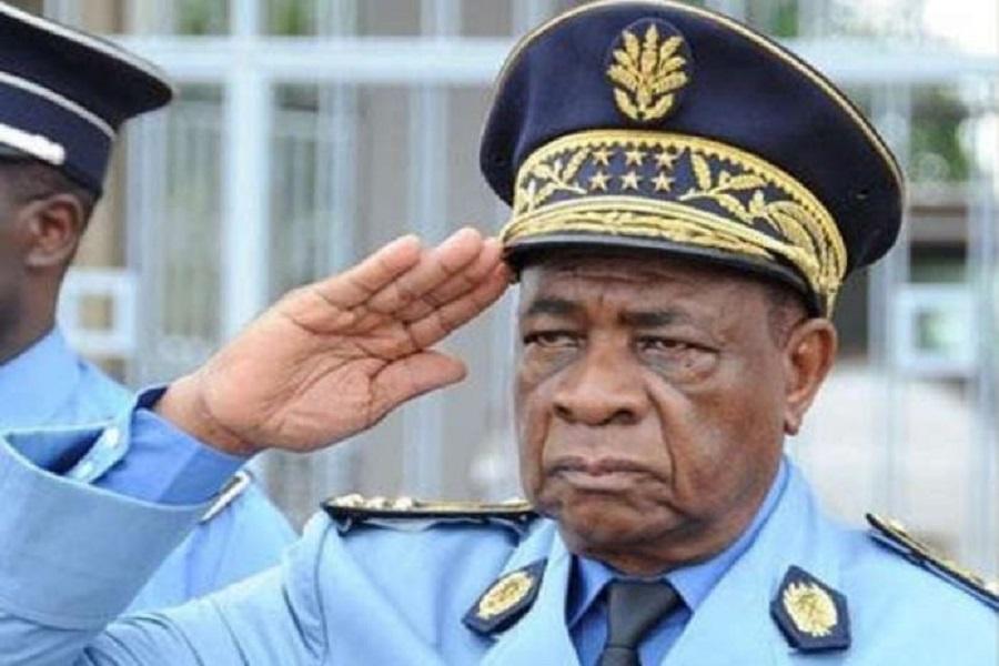 Cameroun : Paul Biya envoie Martin Mbarga Nguélé soutenir les familles des policiers tués à Eyumojock (Sud-ouest)