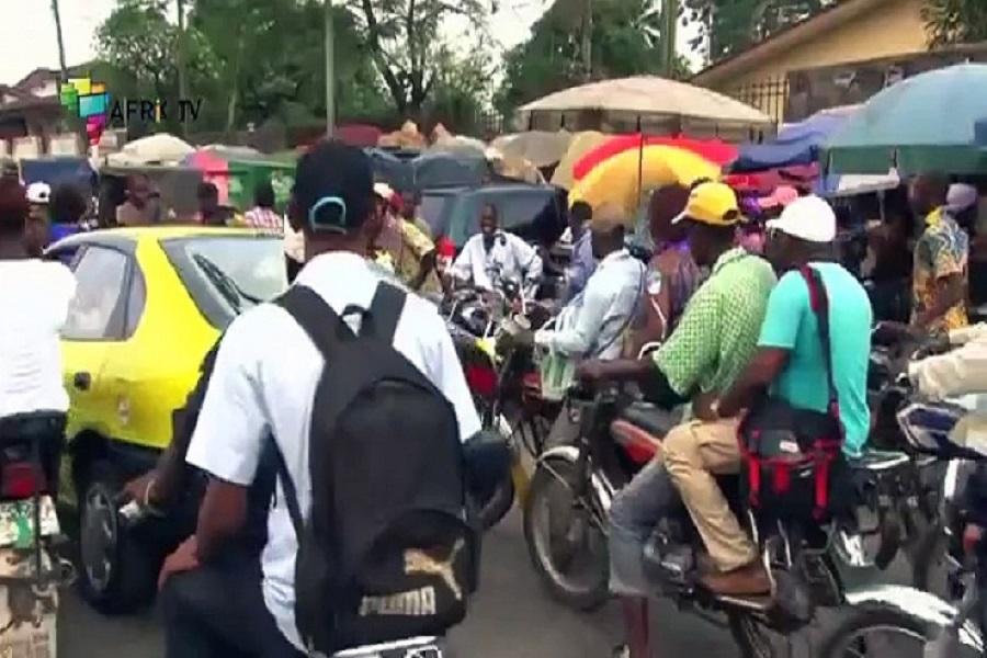 Douala : les mototaxis crient au secours du gouvernement.