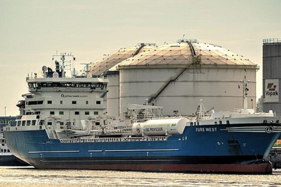 Cameroun :Les premiers navires contenant des produits pétroliers accostent à Douala après l'incendie de la Sonara