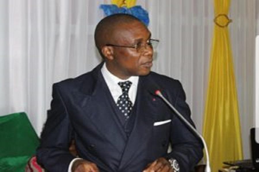 Cameroun : Le ministre Malachie annonce des mesures fortes contre les vendeurs  de médicaments sur la voie publique (communiqué)
