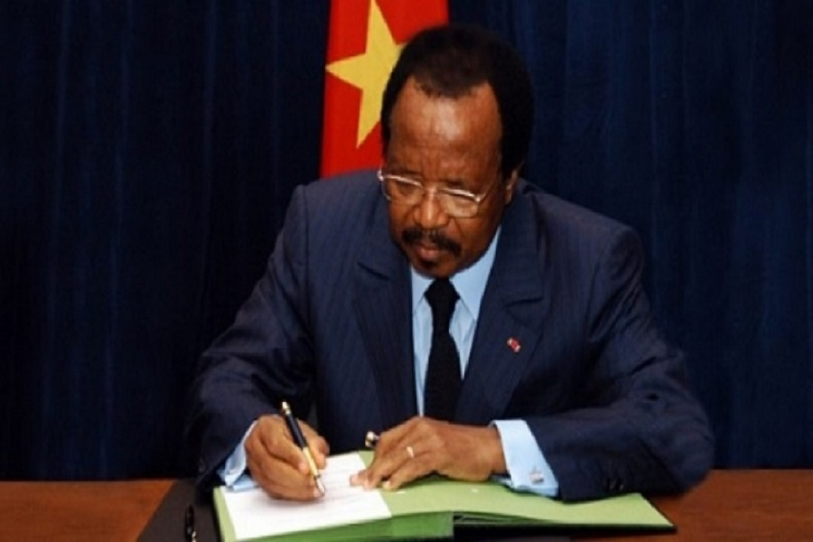Cameroun : Quatre policiers morts promus à « titre exceptionnel » par Paul Biya