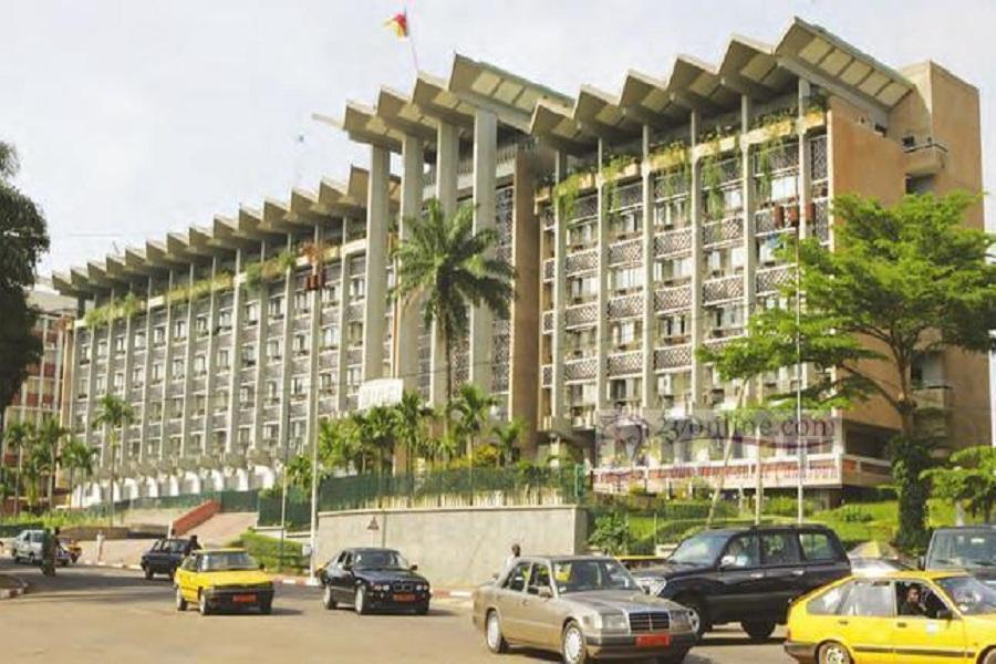 Cameroun : ENEO projette des «coupures ciblées»dans des services publics pour  obliger l'Etat à payer sa dette de près de 100 milliards
