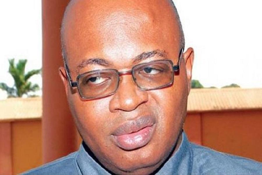 Désaccord : Le Prof Owona Nguini et le  Prof Ibrahim Mouiche se livrent en spectacle sur Facebook