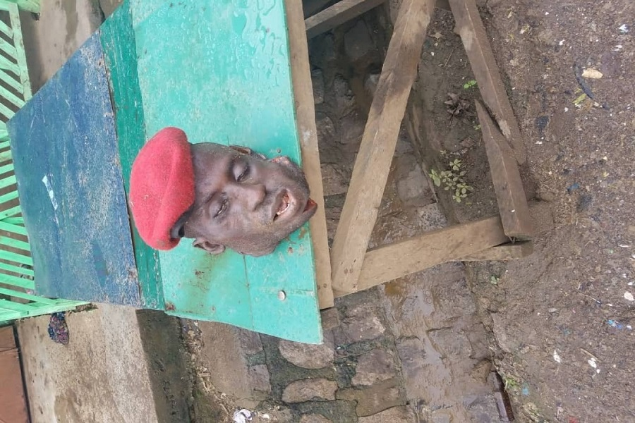 Horreur : les présumés sécessionnistes tranchent  une tête et expose au marché de   Muea