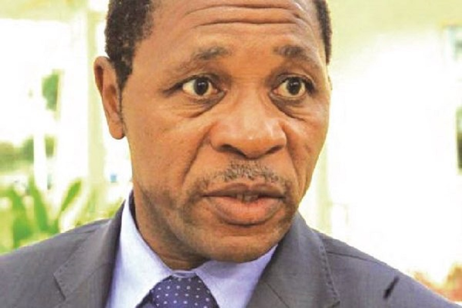Cameroun : Le ministre Atanga Nji demande qu'une minute de silence soit observée en l'honneur de la femme enterrée vivante