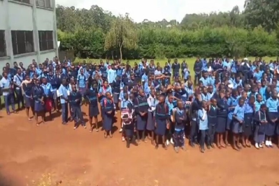 Cameroun-back to school : la population de Nkambe brave les menaces et emprunte le train de la rentrée