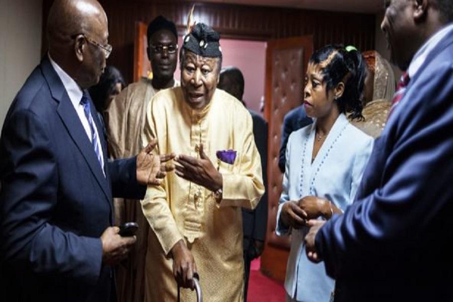 Grand dialogue national : Nfon Victor Mukete  rame de nouveau à contre courant de Paul Biya au Palais des Congrès