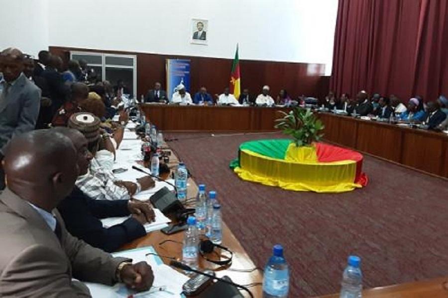 Cameroun : un dialogue national sous fond de débats et démissions