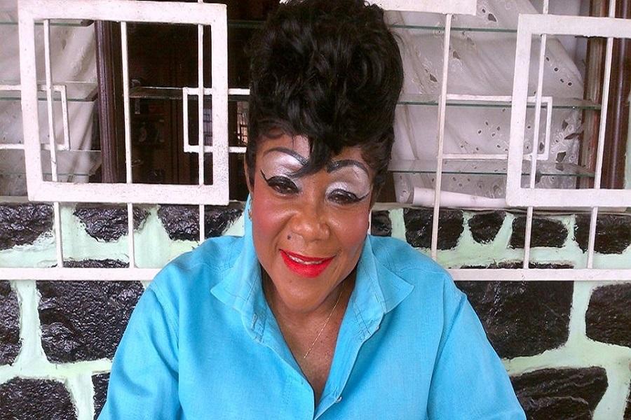 L'artiste Mama Nguea perd sa jambe gauche à cause de la maladie