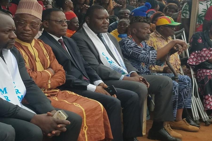 Cérémonie des obsèques de Gouache : Une manœuvre des autorités pour interdire une place à la tribune à Maurice Kamto échoue