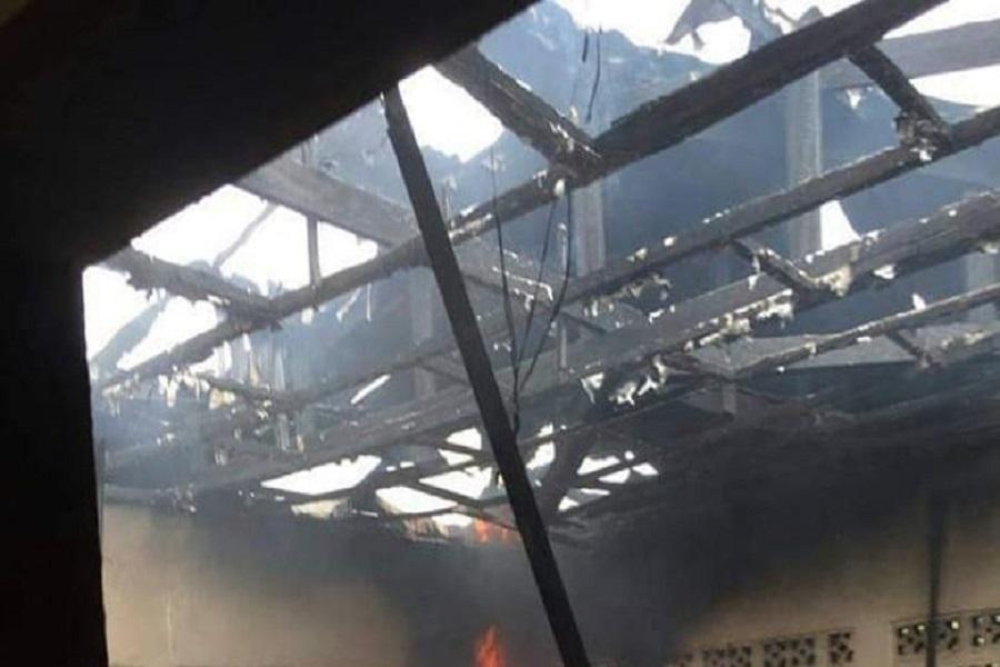 Cameroun-zone de crise : un centre de santé incendié dans le Sud-ouest